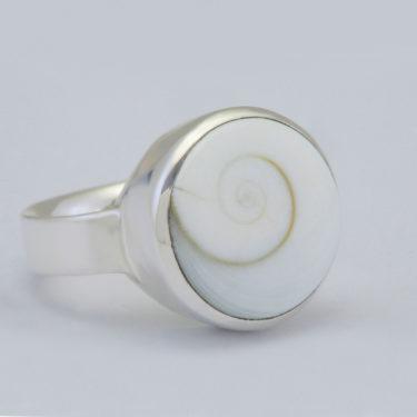 Stone: Nautilus (Shiva Shell) (Ring)