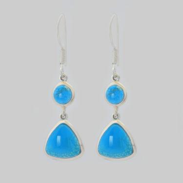 Stone: Turquoise-Kingman AZ~2 Stone (Earring)