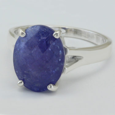 Stone: Tanzanite (Ring)